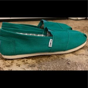 TOMS Green Classic Canvas Shoes Sz 8.5